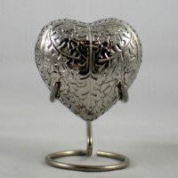 Brass keepsake heart: Banbury Nickel